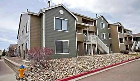 Constitution Square Constitution Square Heights Colorado Springs Co Apartments For Rent