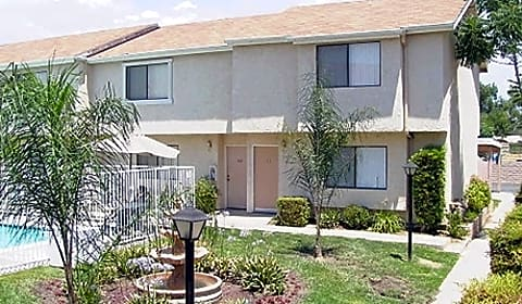 Mountain view townhome e whittier avenue hemet ca apartments for rent for 1 bedroom apartments for rent in mountain view ca