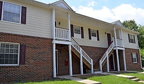 Hickory Trace Village 5th Street Ne Hickory Nc Apartments For Rent