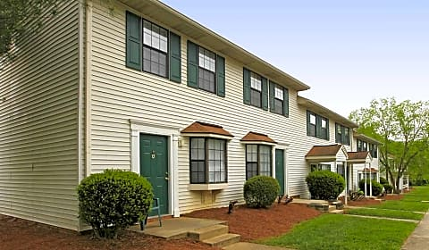 Carolina Woods Apartments B North O 39 Henry Boulevard Greensboro Nc Apartments For Rent