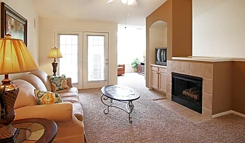 Central Park Apartment Homes - Central Parkway ...