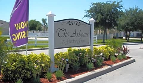 The Arbours At Garden Grove Cypress Garden Road Winter Haven Fl Apartments For Rent
