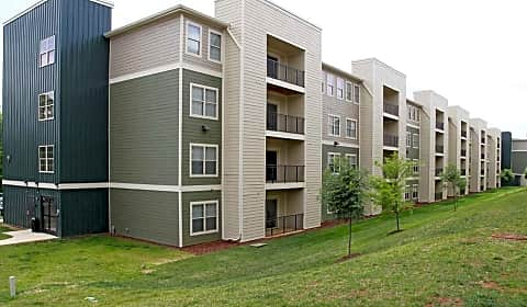 Monarch 815 Per Bed Leases University Parkway Johnson City Tn Apartments For Rent