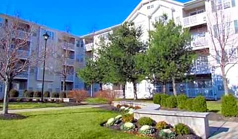 Highlands At Faxon Woods Falls Boulevard Quincy Ma Apartments For Rent