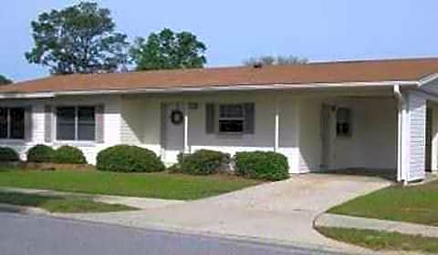 Whiting Pines - Merrill Drive | Milton, FL Apartments for ...