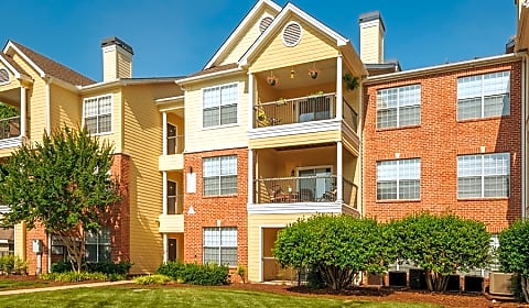 Colonial Grand At Patterson Place North Creek Drive Durham Nc Apartments For Rent