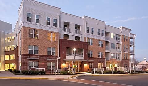 The Ridgewood By Windsor Ridge Top Road Fairfax Va Apartments For Rent