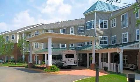Jefferson Heights At Pantops Mountain Pantops Mountain Place Charlottesville Va Apartments