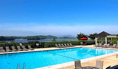 The Reserve At Lakeshore Lake Resort Terrace Chattanooga Tn Apartments For Rent