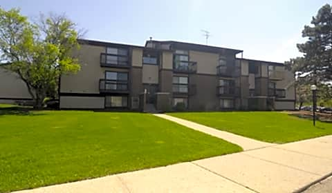 Burton 39 S Landing Whispering Way Drive Se Grand Rapids Mi Apartments For Rent