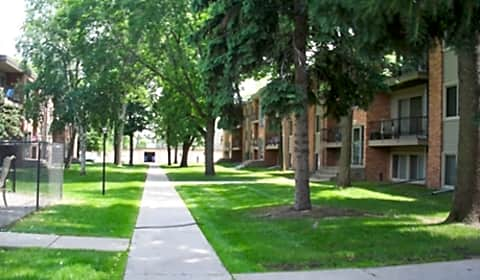 Garden Grove Apartments 5th Street Sw New Brighton Mn Apartments For Rent