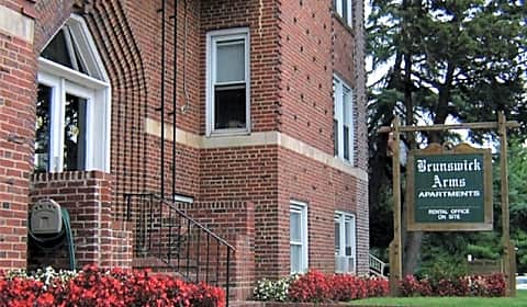 New brunswick arms apartments livingston ave new - 4 bedroom houses for rent in brunswick ga ...