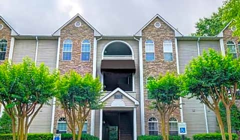 Waterford Place Shore Lake Drive Greensboro Nc Apartments For Rent