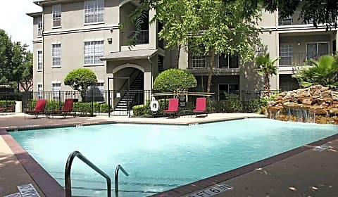Midtown Arbor Place - Oak Court | Houston, TX Apartments for Rent ...