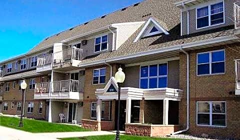 Trollwood Village Apartments Broadway North Suite 9 Fargo Nd Apartments For Rent