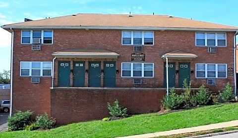 Mary Gardens Apartments   Mary St | Hackensack, NJ Apartments For Rent |  Rent.com®