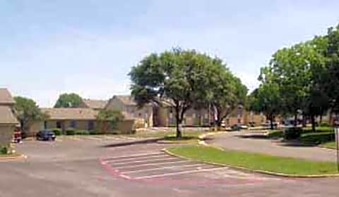 Shady Valley Square Apartment Homes