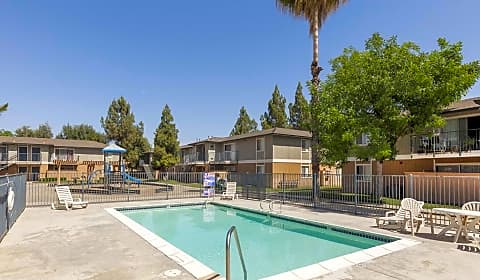 Stoney Brook Apartments East Balch Avenue Fresno Ca Apartments For Rent