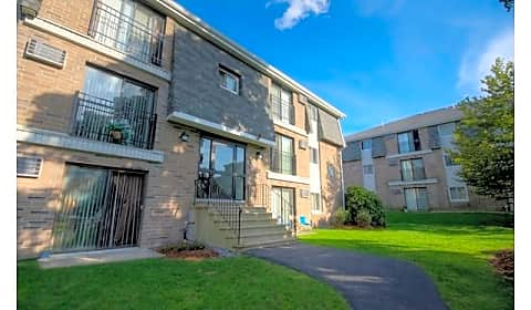 Princeton Belvidere Apartments Park St Lowell Ma Apartments For Rent