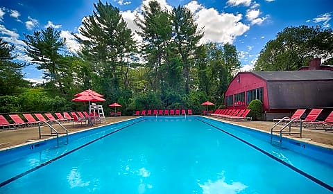 Waterford Village Apartments - Meadow Ln | Bridgewater, MA ...