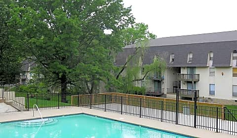 Hickory creek vultee boulevard nashville tn apartments for rent for Cheap 1 bedroom apartments in nashville tn