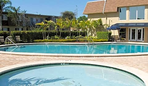 park pointe apartments north himes tampa fl