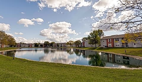 harbour club apartments sail boat run centerville oh apartments for rent rentcom - Canal Club Apartments