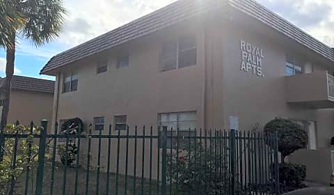 Royal Palm Apartments Nw 35th Avenue Lauderdale Lakes Fl Apartments For Rent