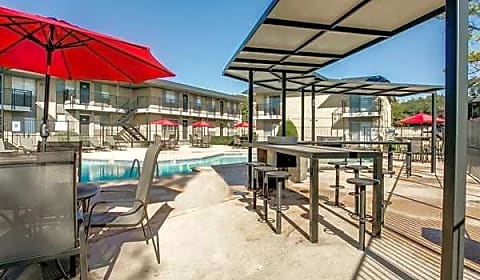 Terraces On The Parkway N Carrier Pkwy Grand Prairie Tx Apartments For Rent