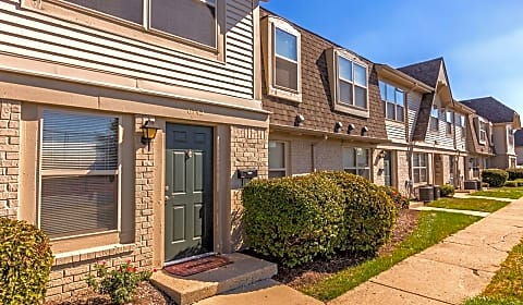 Tgm Avalon Lake Greenshire Drive Indianapolis In Apartments For Rent