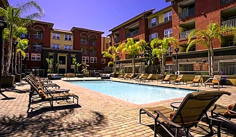 Mira Bella Apartments Kearny Villa Rd San Diego Ca Apartments For Rent