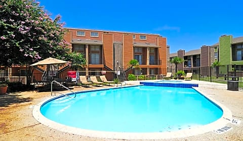 Retreat At Medical Center Whitby Road San Antonio Tx Apartments For Rent
