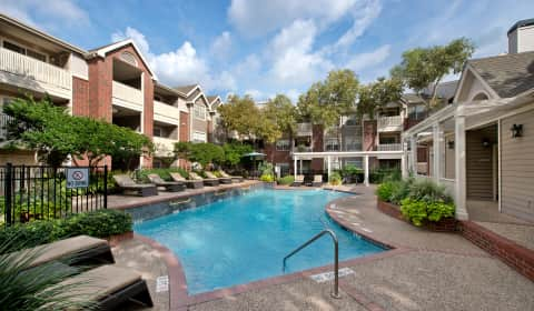 Gables Citywalk/Waterford Square - Greenbriar   Houston, TX ...
