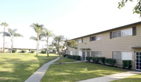 City Villas Lampson Avenue Garden Grove Ca Apartments For Rent