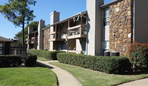 Tamarack Place - East 60th Street | Tulsa, OK Apartments ...