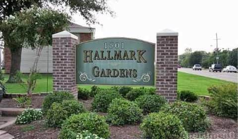 Hallmark Gardens Apartments East Reed Road Greenville Ms Apartments For Rent