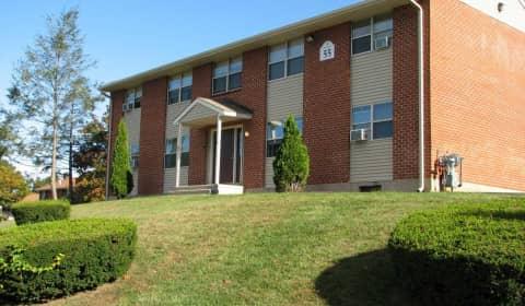 Scott Gardens Apartments - 33-2 Stonefield Drive | Waterbury, CT ...