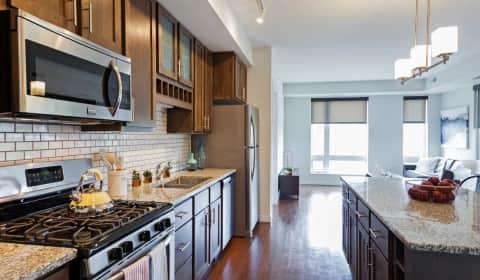 BlueStone Flats - Summit Street | Duluth, MN Apartments for Rent ...