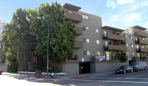Lakeview Towers Apartments East 12th Street Oakland Ca Apartments For Rent