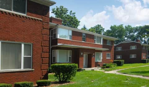 Sherwood Heights Apts Amp Townhomes Kingswood Detroit
