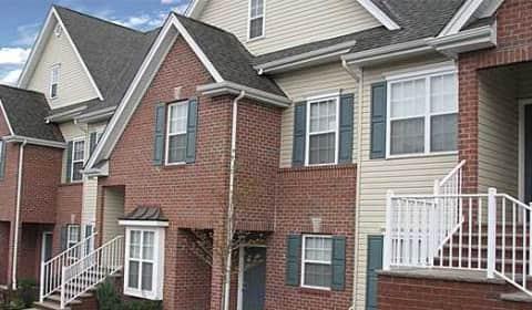 Cedar Manor - Pierce St | Somerset, NJ Apartments for Rent | Rent.com®