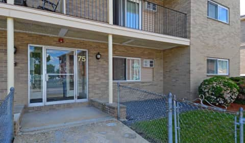 Embassy house robbins street lowell ma apartments for rent for 2 bedroom apartments in lowell ma