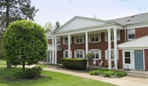 Oakmont park apartments laurel drive scranton pa apartments for rent for 2 bedroom apartments in scranton pa