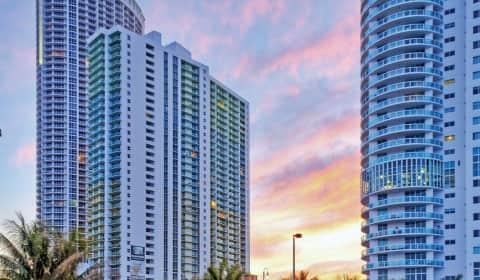 Bay Parc - N Bayshore Dr | Miami, FL Apartments for Rent ...
