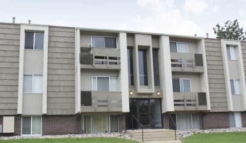 Montebello Gardens Montebello Drive Colorado Springs Co Apartments For Rent
