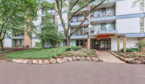 Abbey Apartments At Four Lakes Reviews