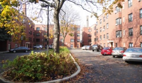 Granville Court Apartments Chicago