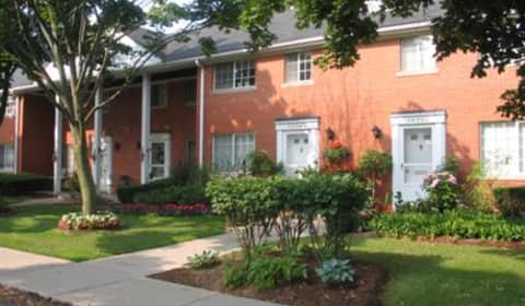 Colonial Court Apartments Birmingham Mi
