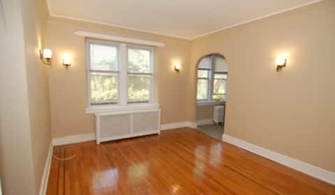 Belleville Studio Apartments