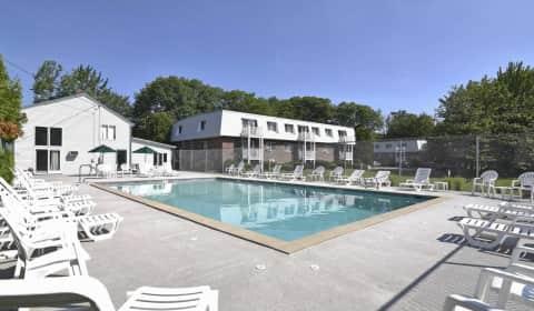 Princeton Pines Apartments - Forest Avenue | Portland, ME Apartments ...
